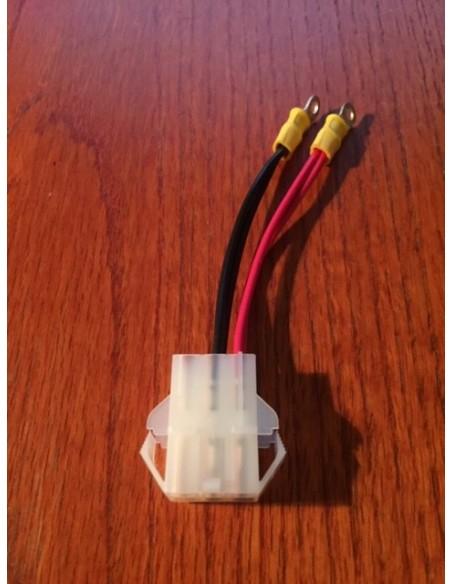 Yaesu Power connector